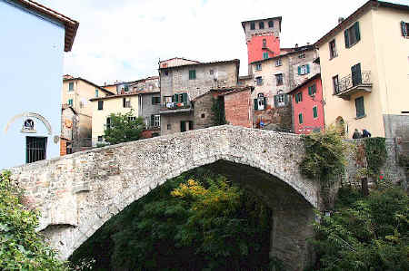 Mediaeval bridge at Loro Ciuffenna